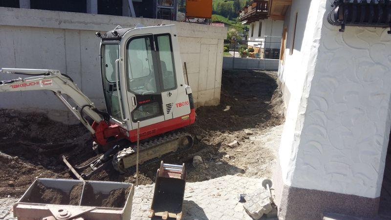VorbereitungAsphaltierung_und_Gartengestaltung (12)