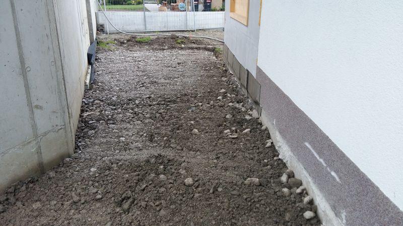 VorbereitungAsphaltierung_und_Gartengestaltung (22)