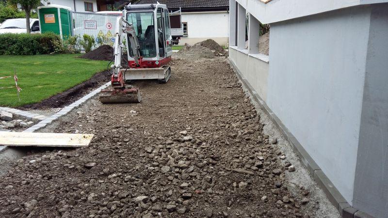 VorbereitungAsphaltierung_und_Gartengestaltung (26)