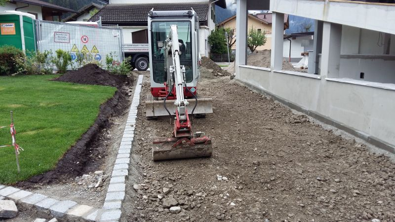 VorbereitungAsphaltierung_und_Gartengestaltung (27)